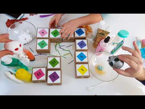 Pervin-Slime Kanalı ile Kızlar Erkeklere Karşı Eğlenceli Kutudan Ne Çıkarsa Slime Challenge