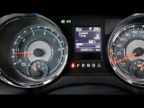 2013 Chrysler Town & Country review & start up