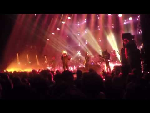 Jamiroquai - Something About You Live Paris