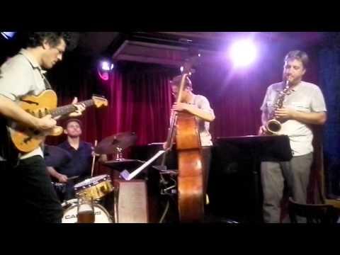 Vinnie Sperrazza Band- Plainchant (excerpt), Cornelia Street Cafe, 9/18/14 online metal music video by VINNIE SPERRAZZA
