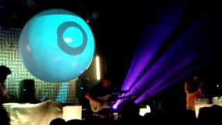 Animal Collective - Lion in a Coma (live Vancouver 5/24/09)