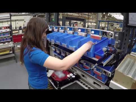 """Mit unseren industriellen Manufaktursystemen liefern wir als Generalunternehmer komplette Produktionseinrichtungen. """"Alles aus einer Hand!"""""""