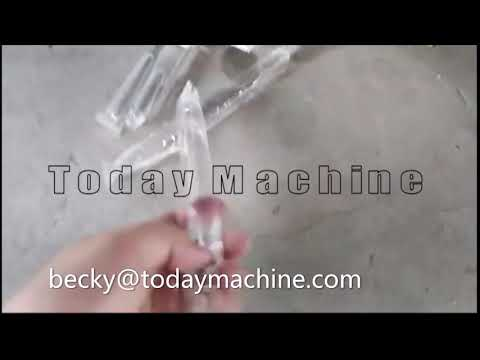 Automatic liquid condiment pouch packing machine in bags