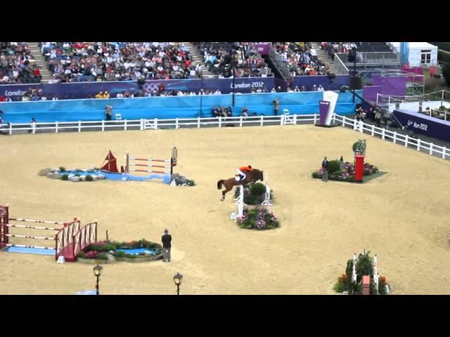 Mother Half-sister Olympic horse Glock's Londen, rider Gerco Schroder.