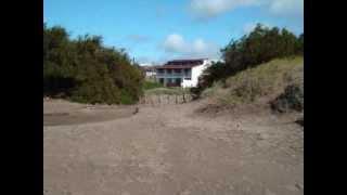 preview picture of video 'Hermoso y amplio Triplex frente a la Playa de Mar del Tuyu - Alquiler o Venta'