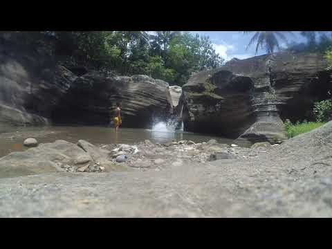 "Sensasi ""bermain air"" di Air Terjun Luweng Sampang"