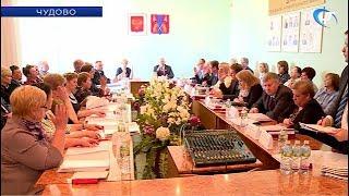 На финальный этап выборов главы Чудовского района прошли два претендента