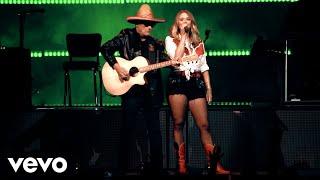 Miranda Lambert – Tequila Does (Live)