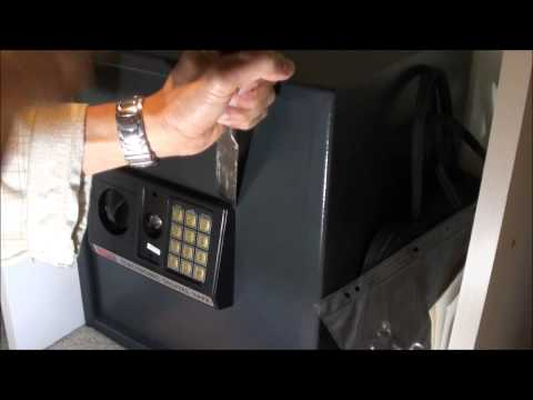 How to open digital safe when battery is flat and key not working