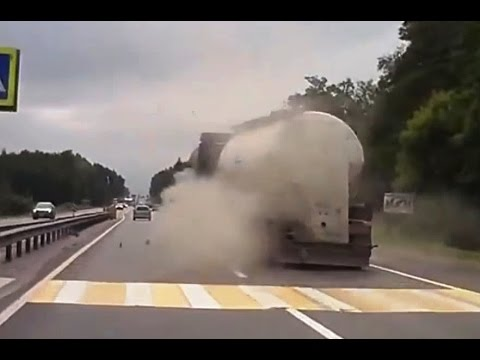 Grappige filmpjes humor kaarten, Fail Compilation of Driving in Russia JULY 2015 2 Enjoy the Video funny humor