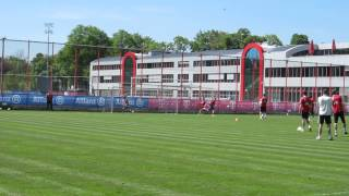 Changeovers Flanks And Goals - FC Bayern Munich Training - Robben Mandzukic Schweinsteiger Martinez