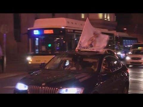 Ισπανία:Οι οπαδοί της Ρεάλ Μαδρίτης πανηγυρίζουν το πρωτάθλημα από τα αυτοκίνητά τους λόγω κορονοϊου