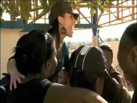 Alicia Keys - Prelude To A Kiss (Acapella in Africa)