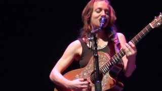 Ani DiFranco - Coming Up (live in Santa Barbara)