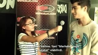 zayn malik saying eid mubarak to the fans I iwould mind