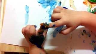 Варежка и пальчиковые краски