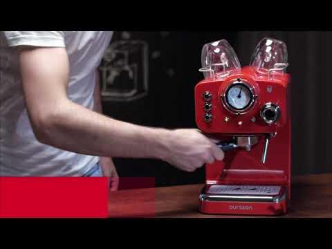 Machine à Espresso Oursson pour préparer du Café et des boissons lactées