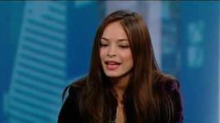 Kristin Kreuk On Matt Damon: He May Have Bit Me