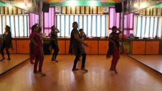 London Thumakda | Queen | Choreography By Step2Step Dance Studio