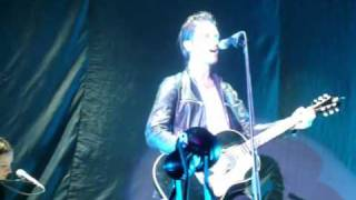 Jimmy Gnecco (Ours) - Mystery - Live Zénith Paris - 12/10/2010