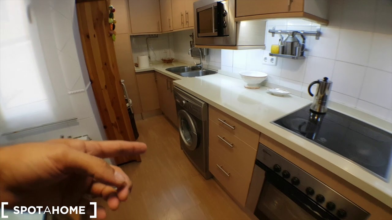 Double bed in Rooms for rent in cozy 2-bedroom apartment in Chueca