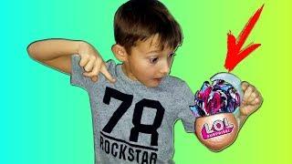 Тима НАШЕЛ Бейблейд САЛАМАНДРА в шаре ЛОЛ /  Видео для детей скетчи Тим Витыч