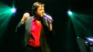 Duran Duran - Still Breathing live Jones Beach 2005.avi