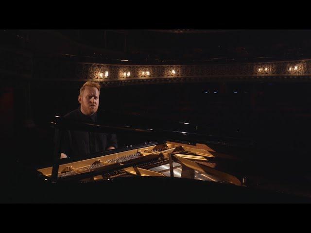 Boxes (Acoustic) - Gavin James