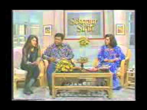Interview Sang Super Star -Nike Ardilla- Di Tv Malaysia !