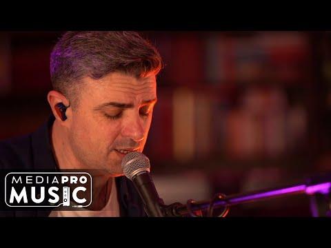 VUNK – De azi incep sa te uit (Live din sufragerie) Video