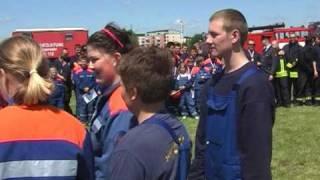 preview picture of video 'LF ziehen beim Pro-Potsdam Pokal 2009'
