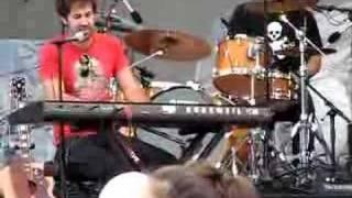 Josh Kelley singing Almost Honest at Taste of Chicago