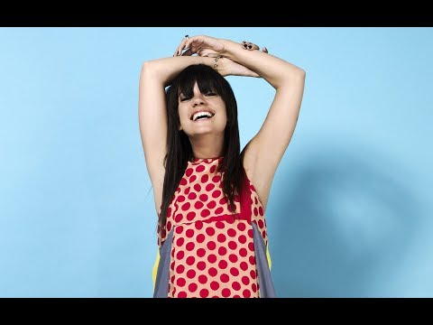 Lily Allen - Close Your Eyes [Audio Oficial]