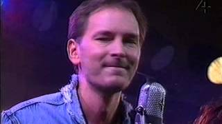 Tomas Ledin - Hon Gör Allt För Att Göra Mig Lycklig (Live TV4 1990)