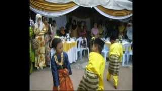 preview picture of video 'ATKU 2012 PI1M Daerah Kota Tinggi, Johor  - Zapin Gema Citra Sari'