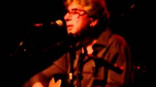 10CC live in Beverwijk 14 04 11 Bus stop and No Milk Today