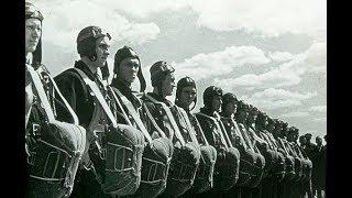 День авиации - 18 августа 1939 год. . Воздушный парад в Тушино под Москвой.