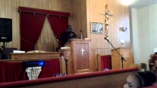 Pastor Nathaniel Parker preaching @GMT