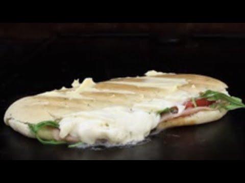 Gegrilltes PANINI CAPRESE - deutsches Grill- und BBQ-Rezept - 0815BBQ