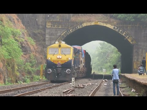 MAGICAL KONKAN RAILWAY : 50 VEHICLES On TRAIN At Beautiful Location : Ukshi : RO - RO Service