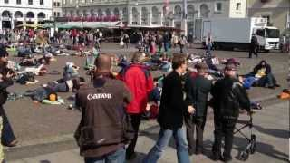 Flashmob - Schlafen auf dem Marktplatz (Sleeping on the market square)