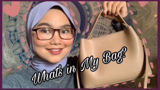 WHAT'S IN MY BAG Ft Christy Ng Mini Jean