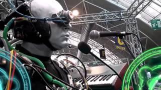 Radioactivity (cover del brano dei Kraftwerk)