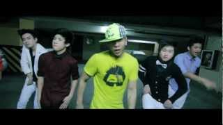 Pogi - Mikey Bustos ft. Chicser