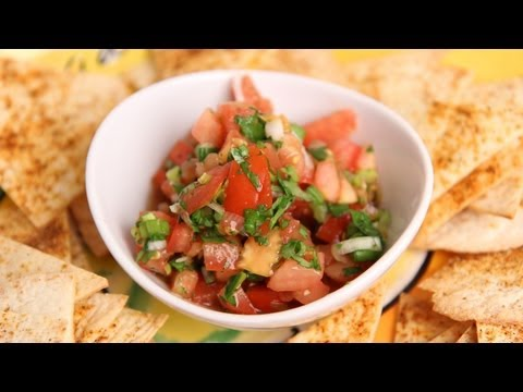 Homemade Pico de Gallo Salsa Recipe – Laura Vitale – Laura in the Kitchen Episode 379