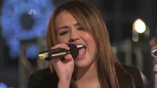 Miley Cyrus - Rockin' Around the Christmas Tree