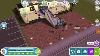 Have 3 sims dancing to a stereo - multi story renovations 🏢