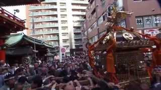 平成25年 神田祭り 神輿宮入 鍛冶一丁目町会 神田駅東連合です 。