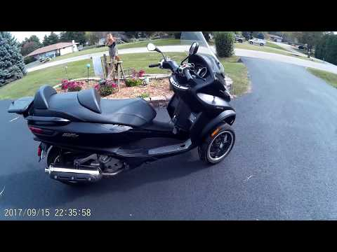2016 Piaggio MP3  500IE first ride/review