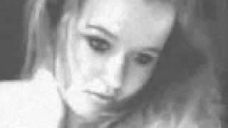 Yvonne Catterfeld - Verwelkt